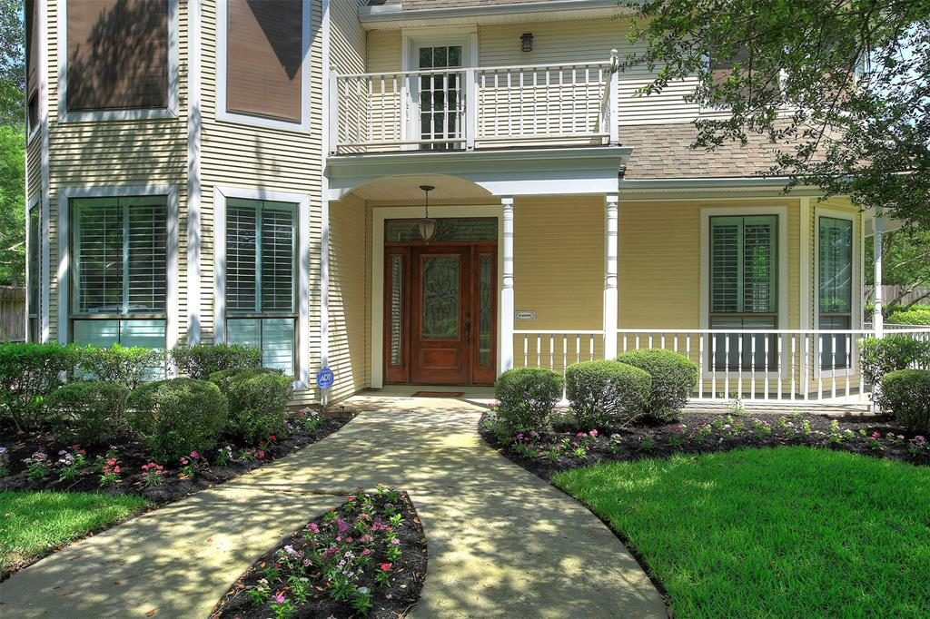 front 6102 willowcrest ct 77389 for sale Bartlow
